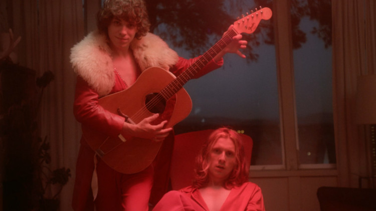 foxygen-coulda-been-my-love-music-video-c-750x421