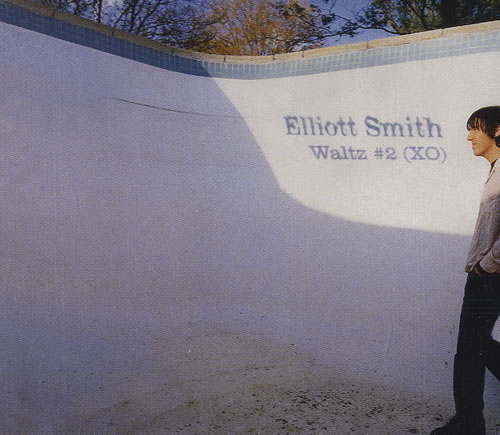 Elliott-Smith-Waltz-2-XO-479713